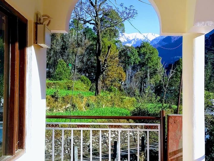 Jaishree Homestay Uttarkashi Himalaya