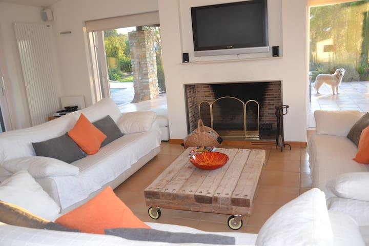 Modern cosy villa near beaches & village of Begur - Begur - Villa