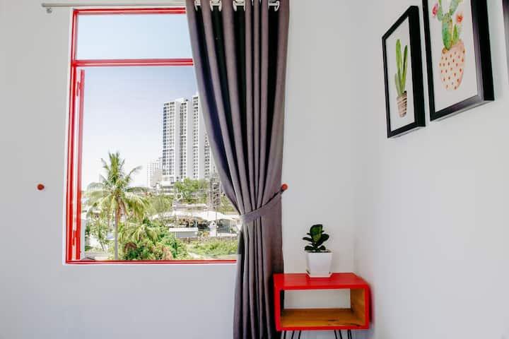 *300m TO BEACH*  Fairyroom with Balcony