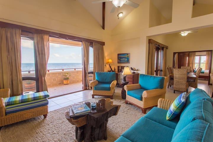 3 Bedroom 3.5 Bathroom Luxury Beachfront Penthouse