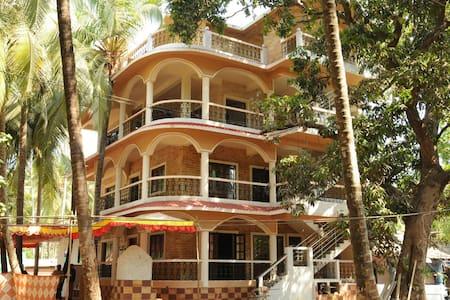 Ave Peregrina_A-Split-level apartment - 모르짐(Morjim)