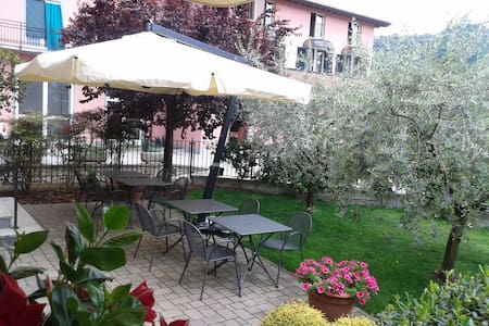 Come a casa tua - Marone - Bed & Breakfast