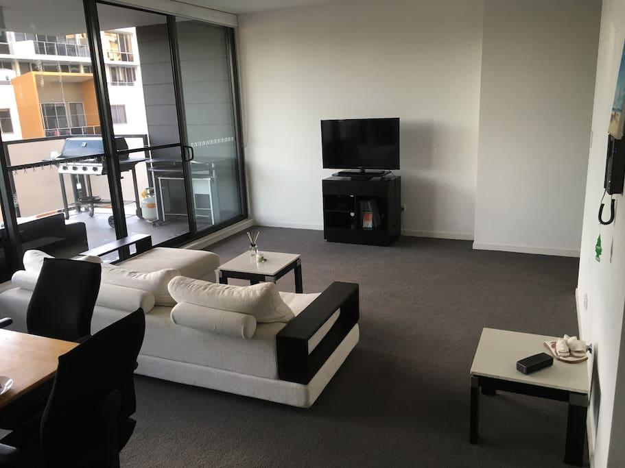 Living room, 2nd balcony, BBQ