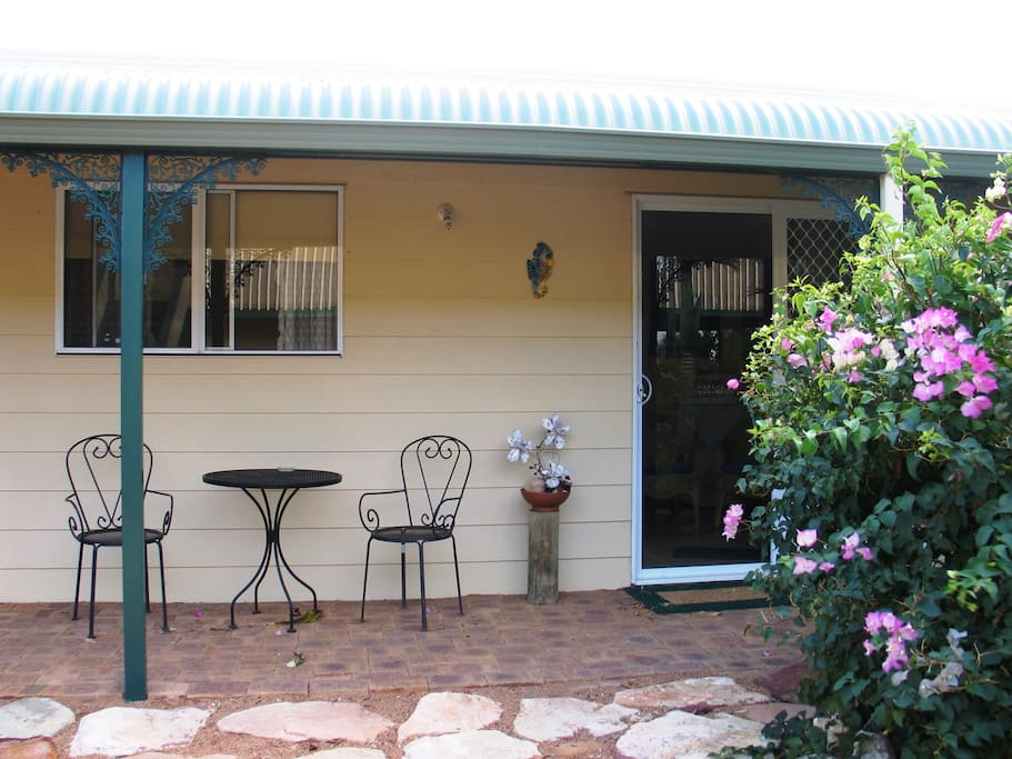 Located in back garden, the Cabin, is fully self-contained with laundry machine etc...