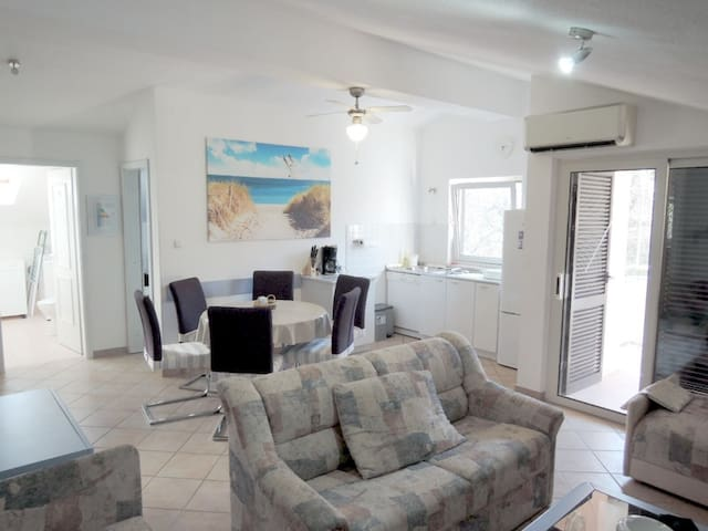 Beautiful apartment  150 meters from the beach.