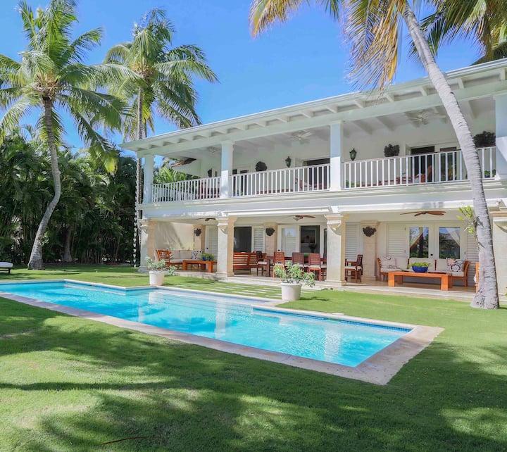B6 Tortuga Bay Luxury Villa Punta Cana Beach Golf