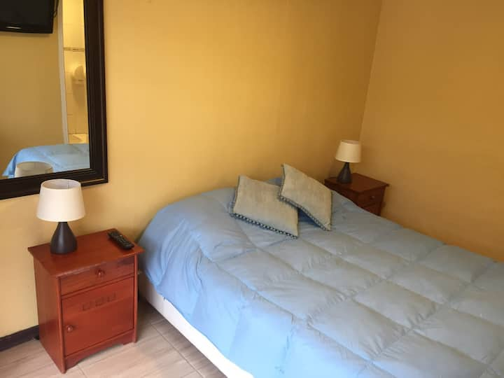 Hostal Pucara / Bed & Breakfast (H6)