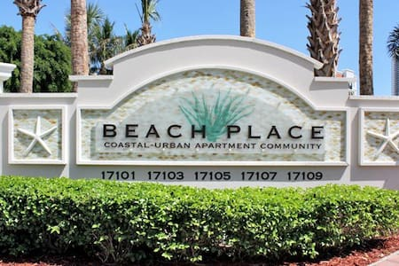 Are you looking to get away? - Sunny Isles Beach - Apartemen
