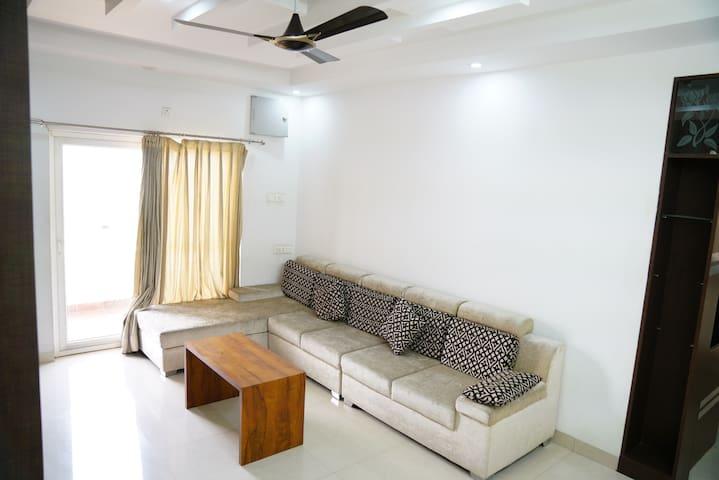 Sofa hall