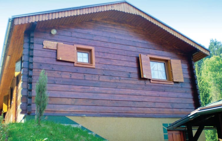Holiday cottage with 3 bedrooms on 70 m² in Oscadnica