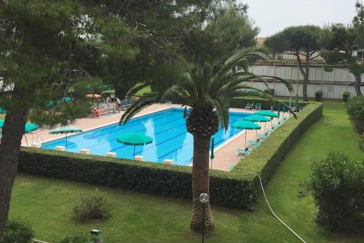 Monolocale con piscina Marina di Bibbona
