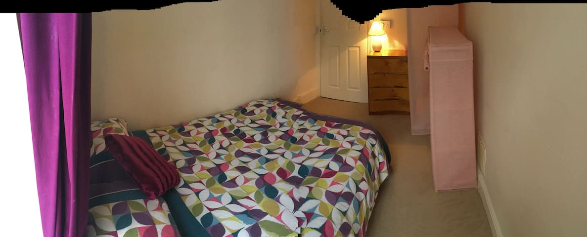 Double bedroom in shared home