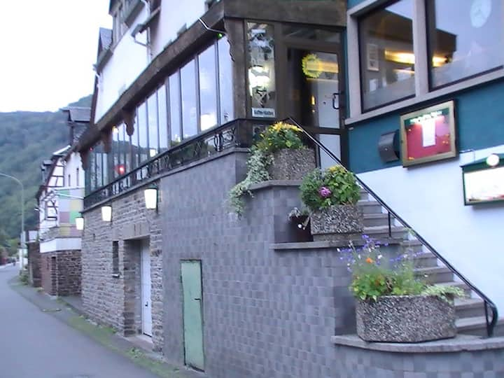 Bed & Breakfast on the Mosel