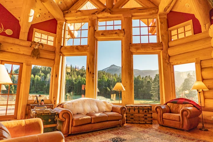 Adventurous Getaway|Eco Lodge Stay-ALPENGLOW ROOM