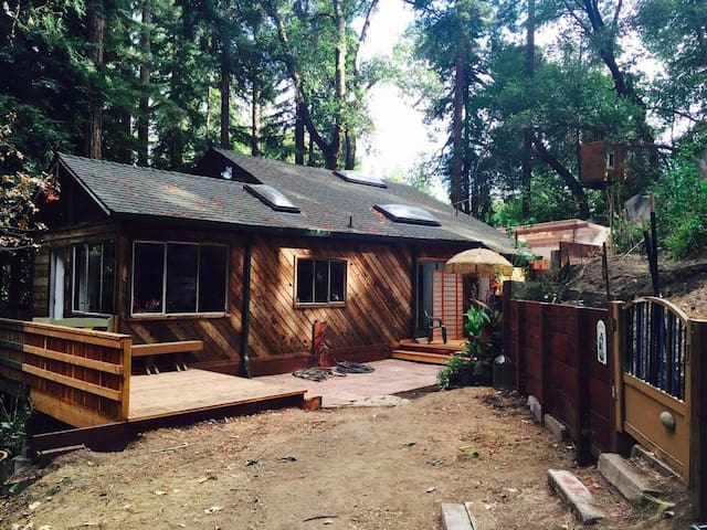 Shanti Redwood Retreat