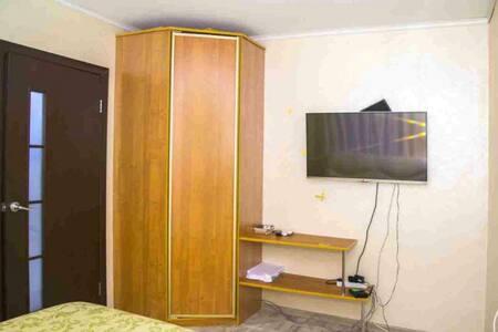 СДАМ НА СУТКИ - Belovo - Apartment