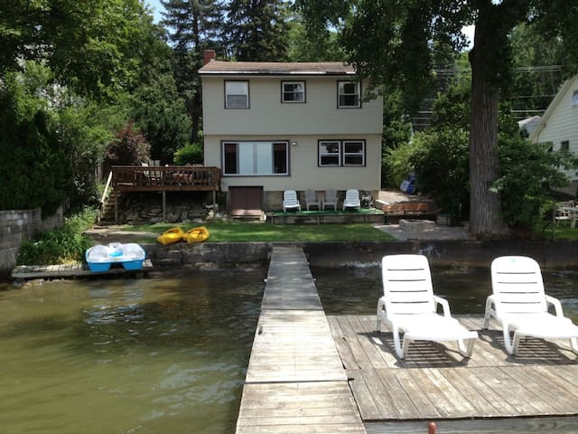 5 BR Lakeside House on the Water - Conesus