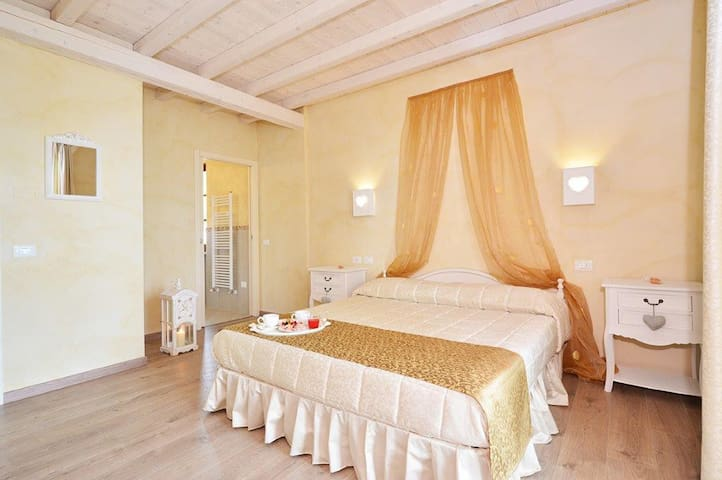 LA GEMMA SUL LAGO B&B - Manerba del Garda - Bed & Breakfast