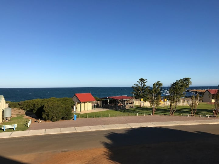 Hopetoun - Ocean View Townhouse