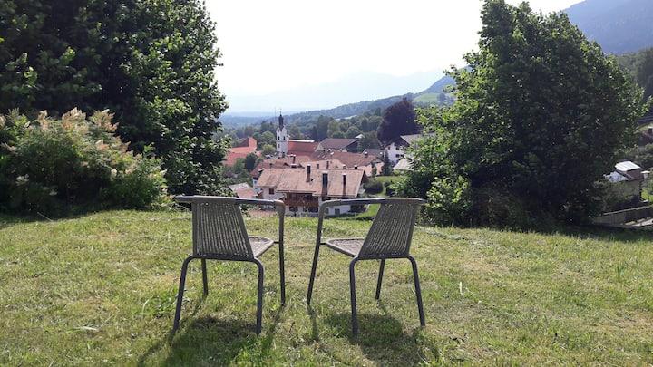 Kleines Ferienzimmer mit Ost-Berg-Blick (331-2)