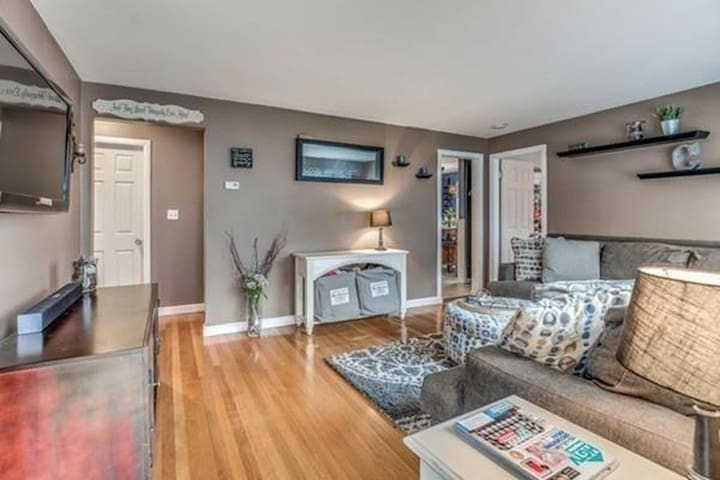 Condo in the Heart of Gaslamp III - North Reading - House
