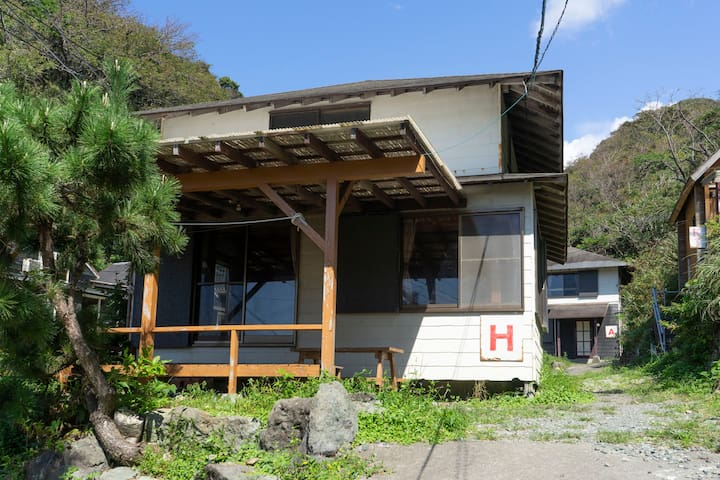 西伊豆・堂ヶ島・浮島海岸10人用1戸建て