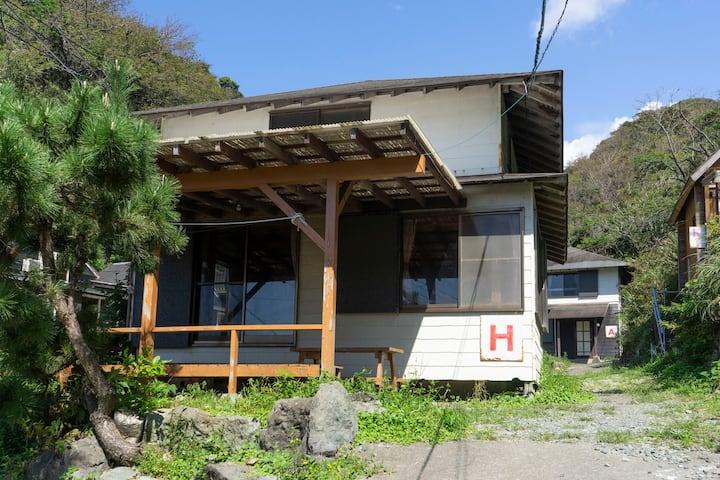 西伊豆・堂ヶ島・浮島海岸 10名用1戸建て