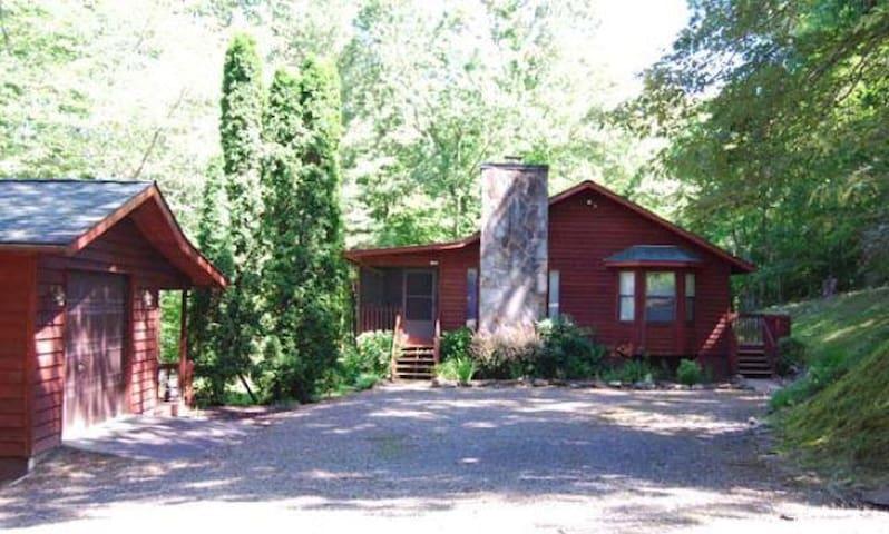 Large spacious 2 bedroom cabin - Murphy - Houten huisje