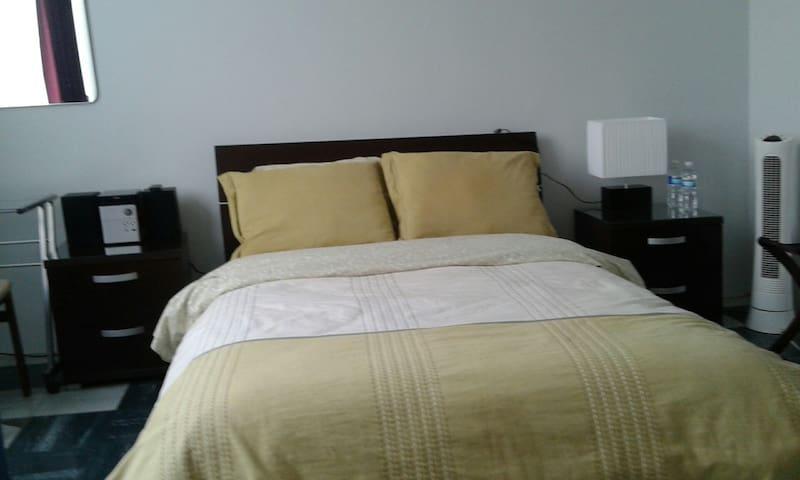 Habitación exclusiva para MUJER en Ciudad Satélite - Naucalpan - Pensione