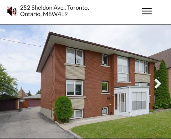 2 Bedroom, Renovated High-end finishes  Unit.