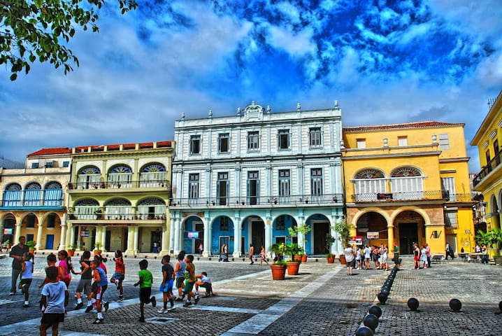 Old Havana, Best Location Ever, 20 m Plaza Vieja