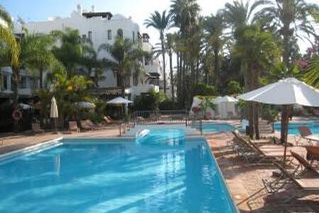 Puerto Banus,  La Alcazaba (Lujo) - Marbella - Apartament