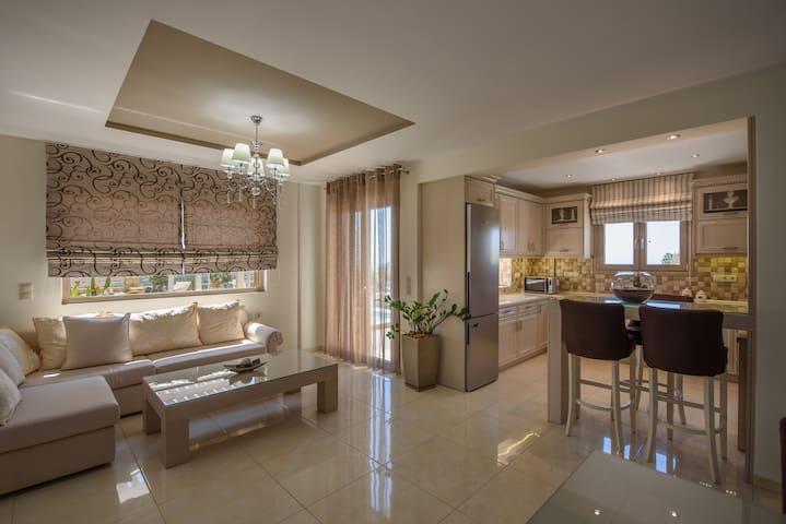Golden Sky Villa Eleni - Kamilari
