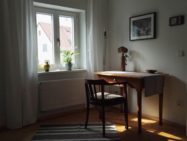 Gemütliches Zimmer mit Tagesbett - Edenkoben - Huis