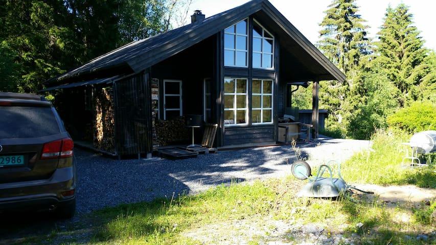 Villmarksliv rett utenfor Oslo - Enebakk - Cabin