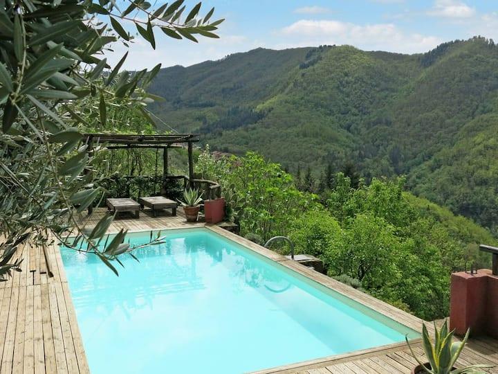 Casa Melograno: Piscina, giardino e vista superba