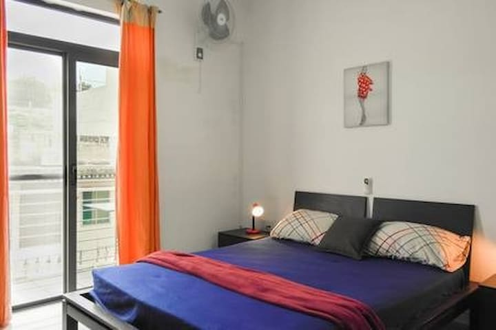 AP3  Marsascala 5min to Centre and Beach! 1bedRoom