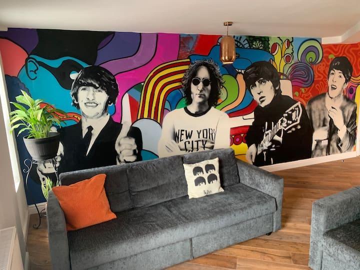 Beatles fans & Art lovers/ Penny Lane