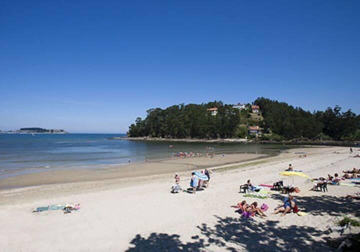 Ático en Baiona a 3 min. de la playa. Dos terrazas
