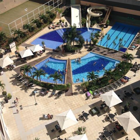 RIO QUENTE - HOTEL VEREDAS - AO LADO DO HOT PARK