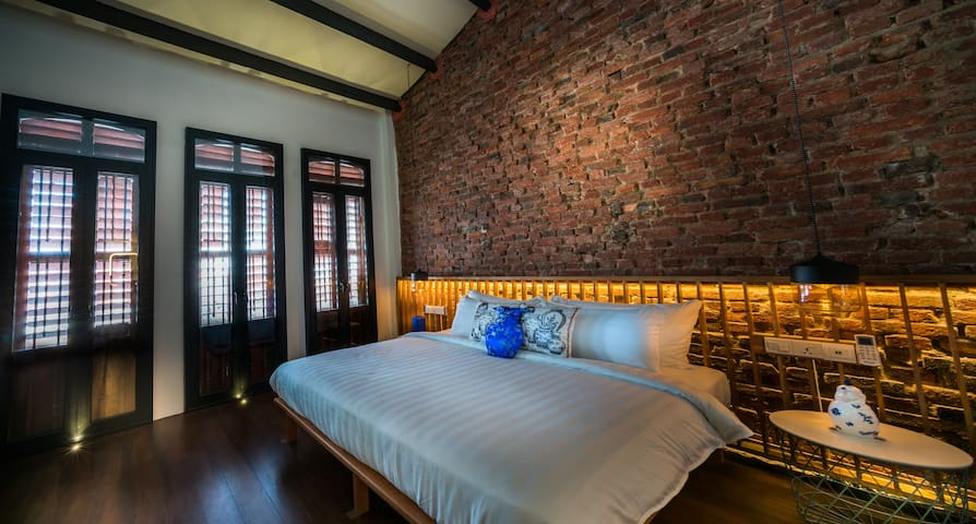 Tien 188 - Master bedroom