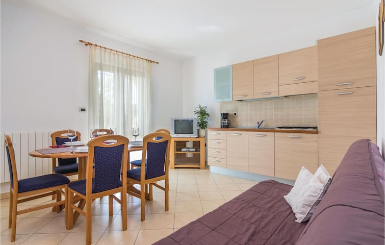 Holiday apartment with 2 bedrooms on 52m² in Porec