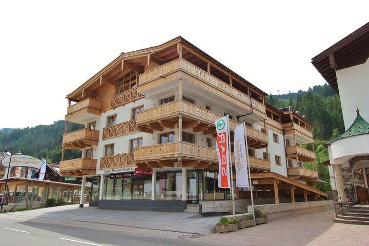Charming Apartment in Gerlos with Private Sauna
