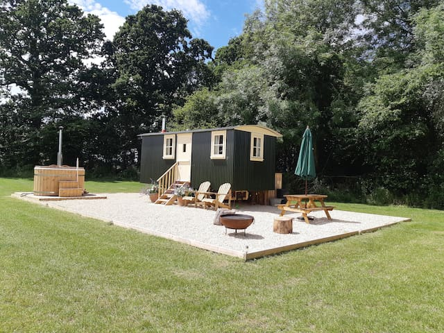 Fern Copse Glamping