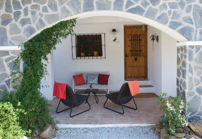 Beautifully located cozy Finca 2-4p - Comares - Haus