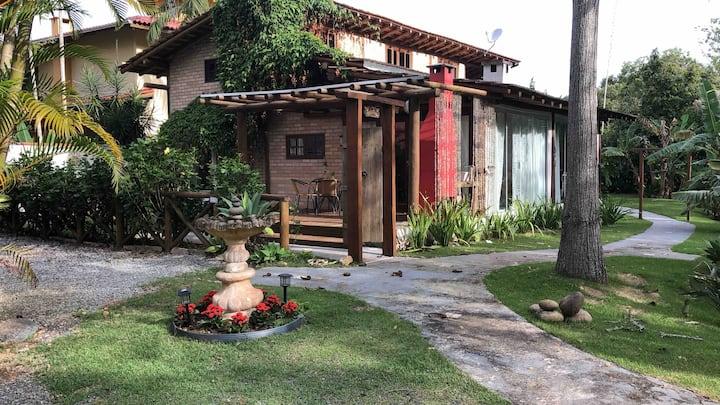 Casa kuta na Praia de Taquaras somente 150m do MAR