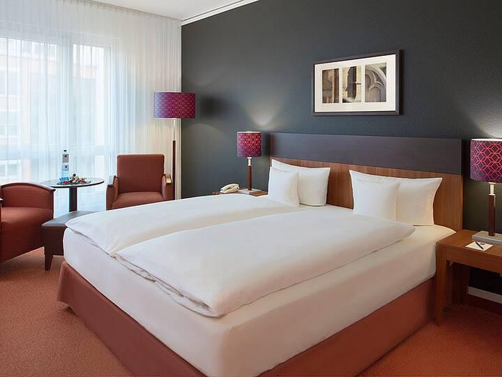 Dorint Hotel am Dom Erfurt (Erfurt) - LOH05530, Doppelzimmer mit Dusche und WC