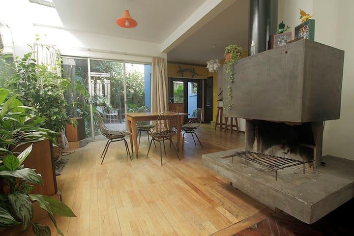 WeLovePlants - Cozy Desingn Art House