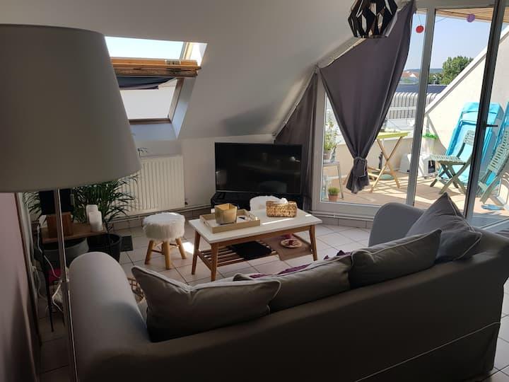 Appartement cosy sur petite terrasse