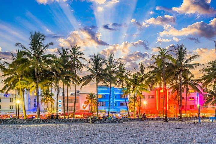 Miami Whitehouse Guide